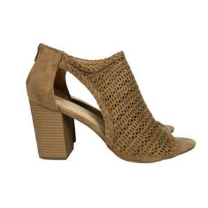 FERGIE Brown Open Toe Stacked Heel Sandals